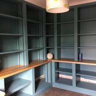 Built in Cupboards/bookshelves